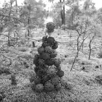 Belle Naturelle BW by Kati Heljakka